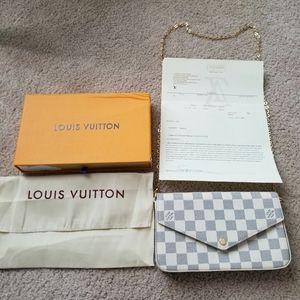 Authentic Louis Vuitton Checkered Felice Pochette